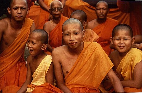 thailand monks 01 | by FriskoDude