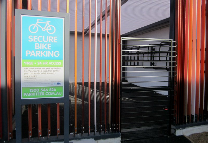 Bentleigh station Parkiteer bicycle cage under construction