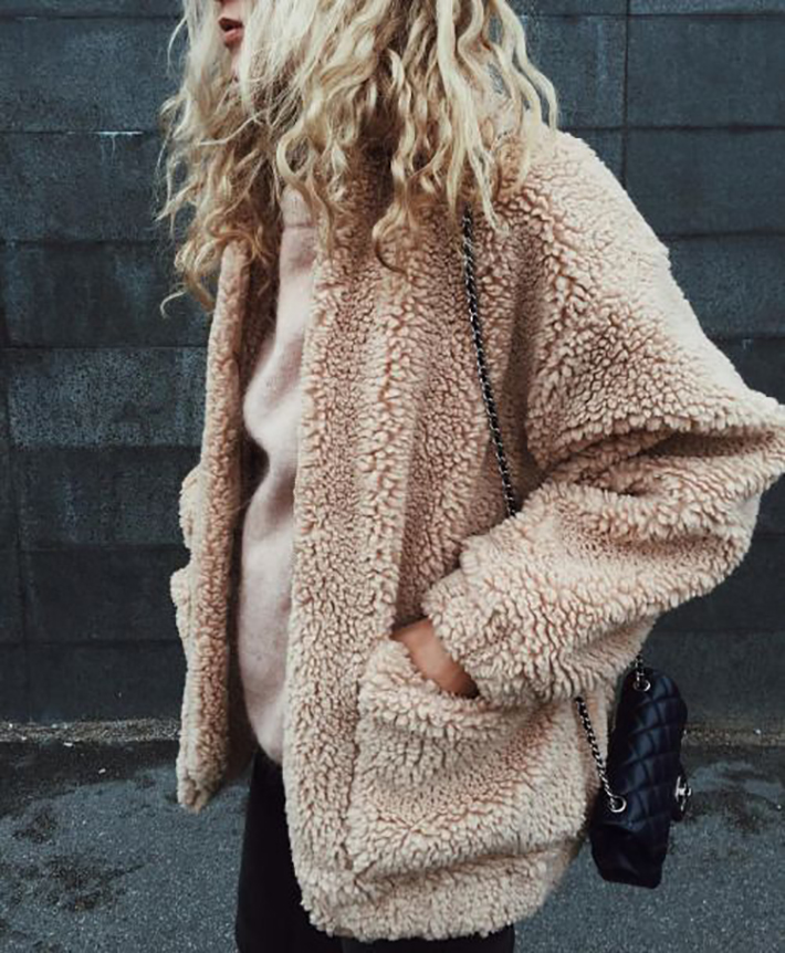 cozay and warm rainy day outfit accessories fall style streetstyle winter style fashion trend8