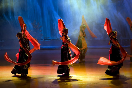 Tibetan & Qiang ethnic song and dance performance | by kevinlamphoto