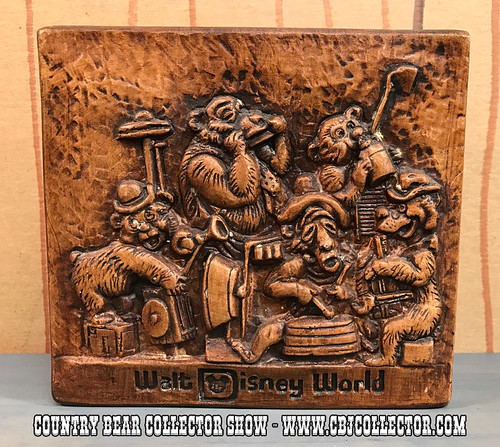 1970s Walt Disney World Country Bear Jamboree Napkin Holder - Country Bear Collector Show #074