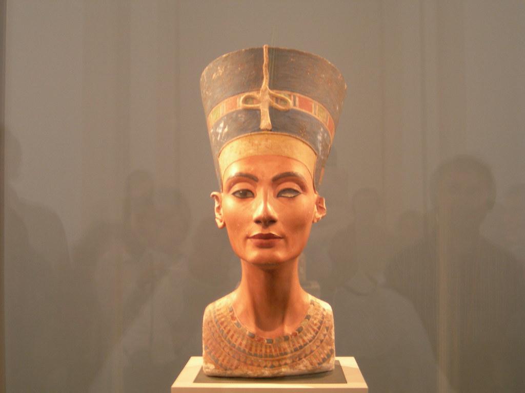 Nefertiti (Frente)