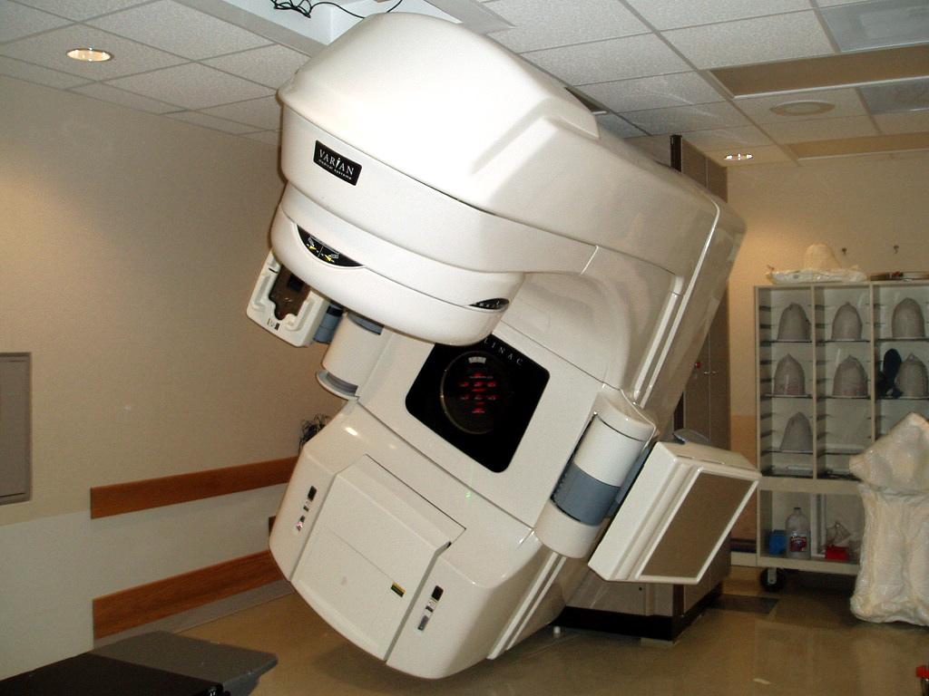 Varian radiation therapy machine