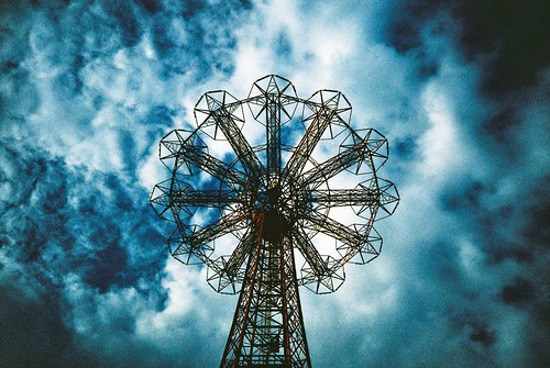 the parachute jump, coney island | by jason.l.ryan