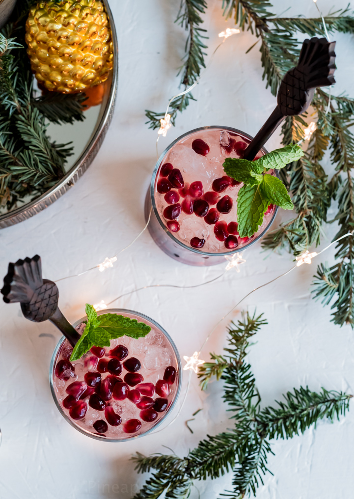 Pomegranate Passion fruit Rum Fizz www.pineappleandococnut.com #Drinkmas
