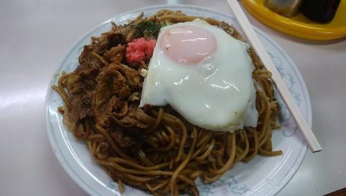 gifu-takayama-chitose-yakisoba-with-pork-and-egg01