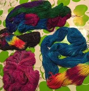 dyeing Yarn party