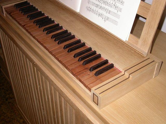 Organo di legno
