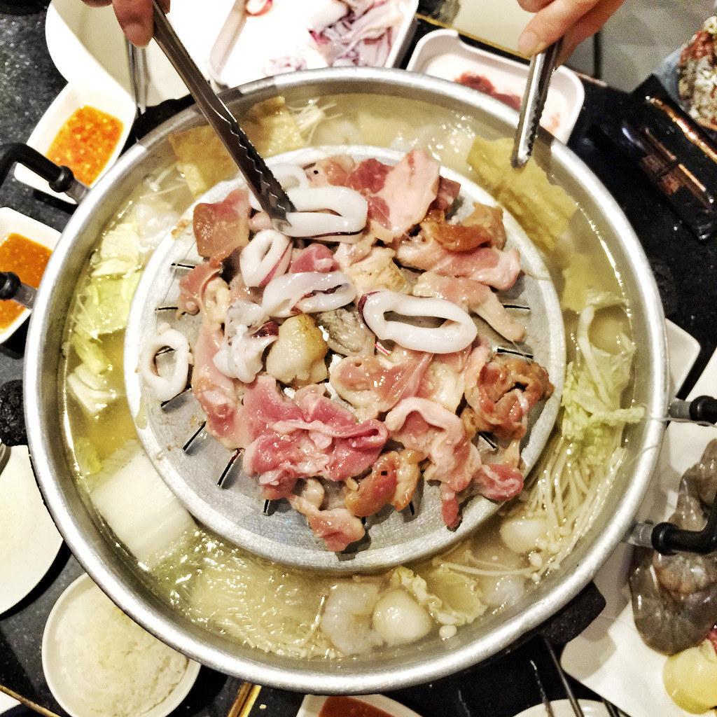 huay-kwang-thai-kitchen-mookata