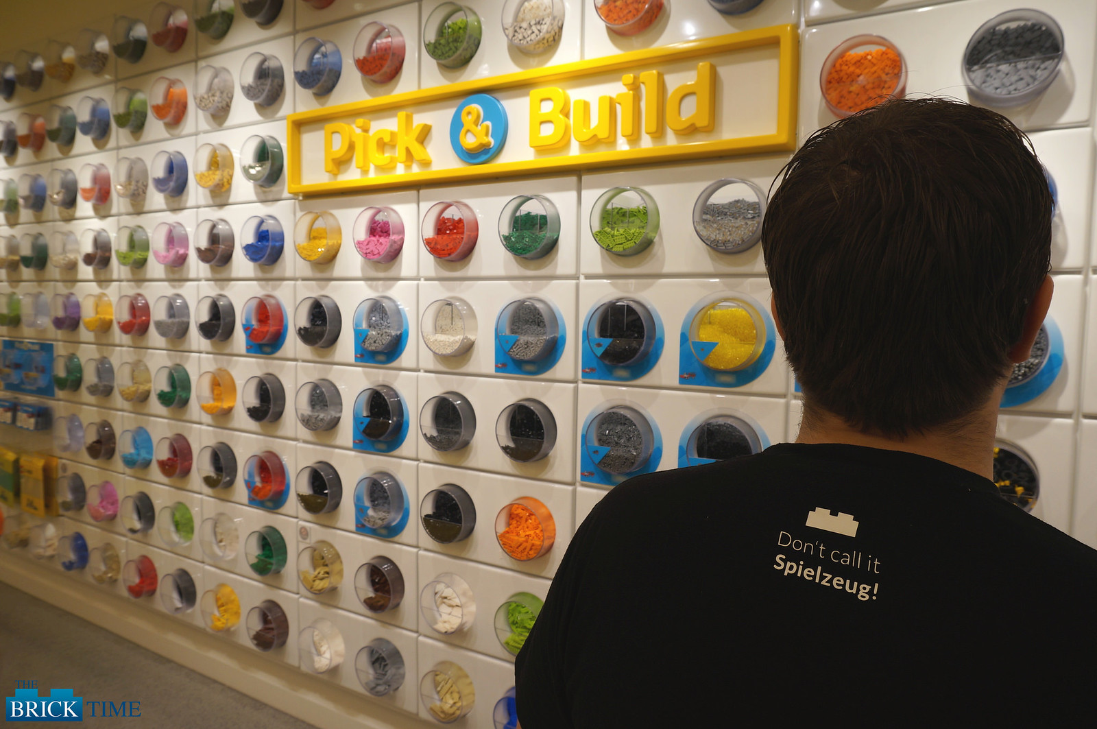 LEGO Store Berlin - PickaBrick