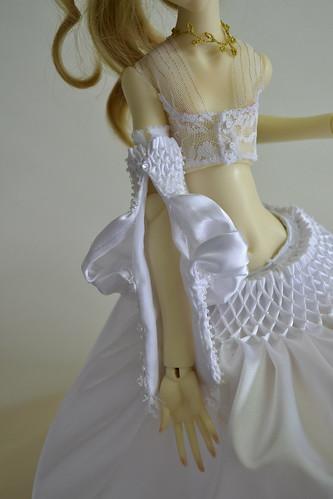 Bell's dress