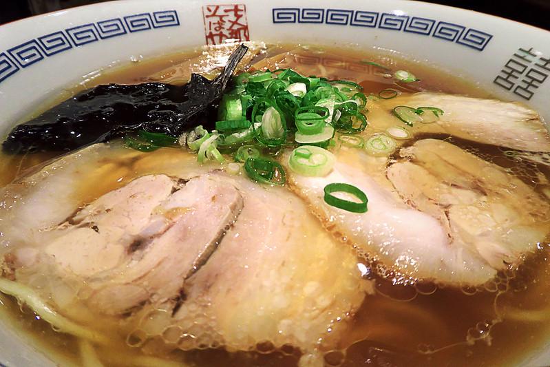 ラー博 支那そばや 絹腰和伊麺(醤油)
