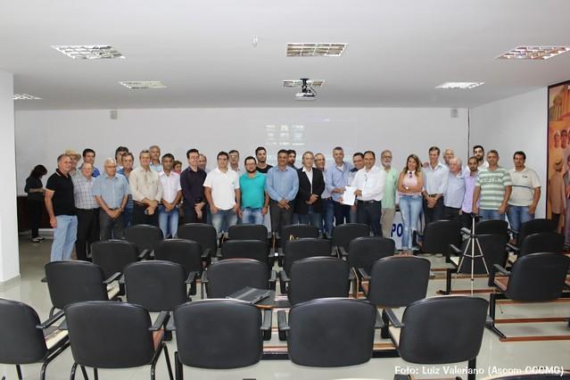 Cafeicultores se reúnem no CCCMG para debater importação de café conilon