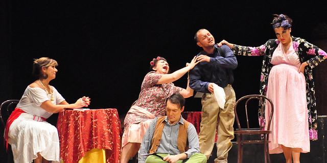 miseria e nobiltà al teatro santa lucia