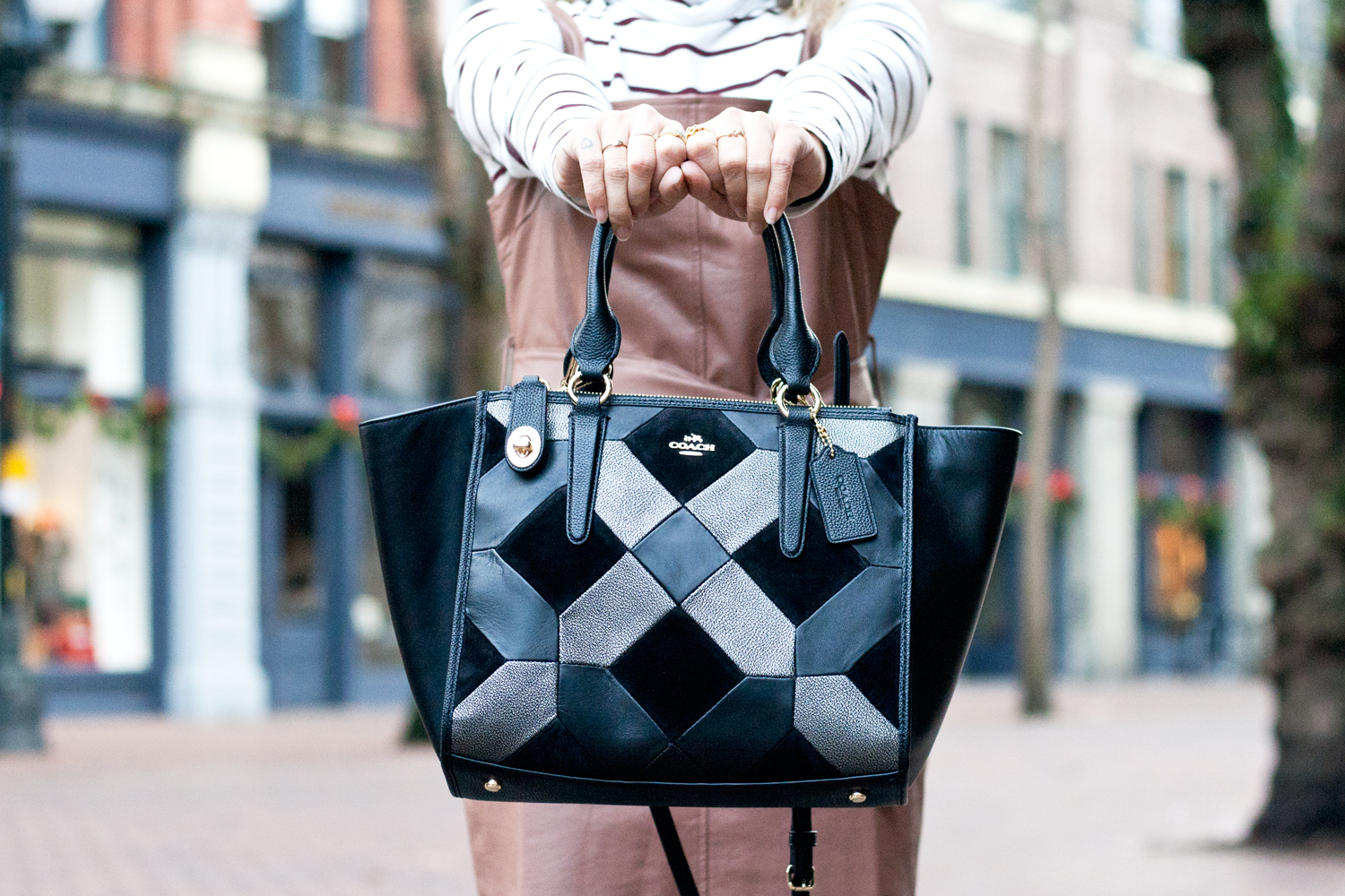 07seattle-pioneersquare-coach-patchwork-leather-satchel-travel-style-fashion