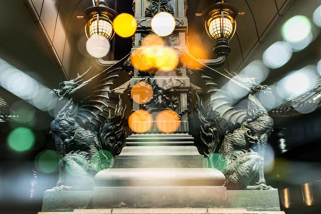 日本橋の麒麟を多重露光で撮影した写真