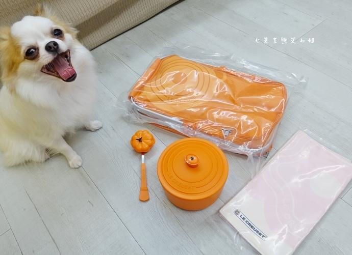 12 7-11 法國 Le Creuset 食尚集點送 食尚餐具組、雙層微波便當盒、食尚兩用餐墊、食尚保冷提籃