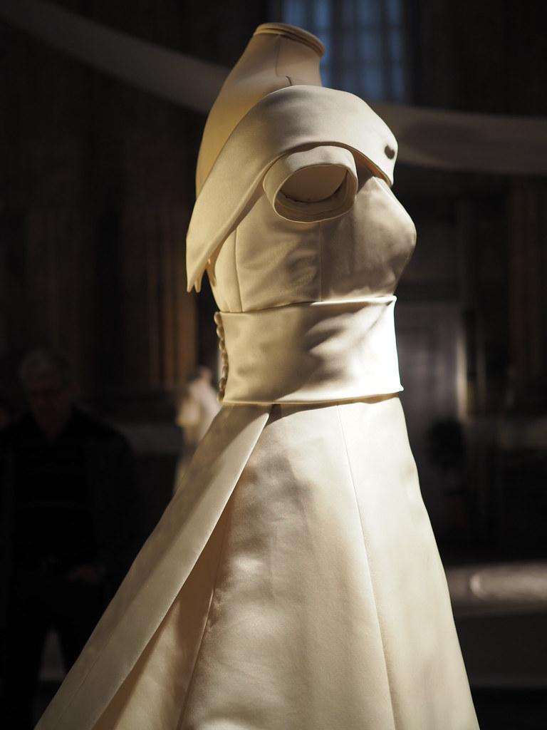 prinsessa-victorian-hääpuku