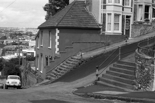 The steepest street in Britain. | by Fray Bentos