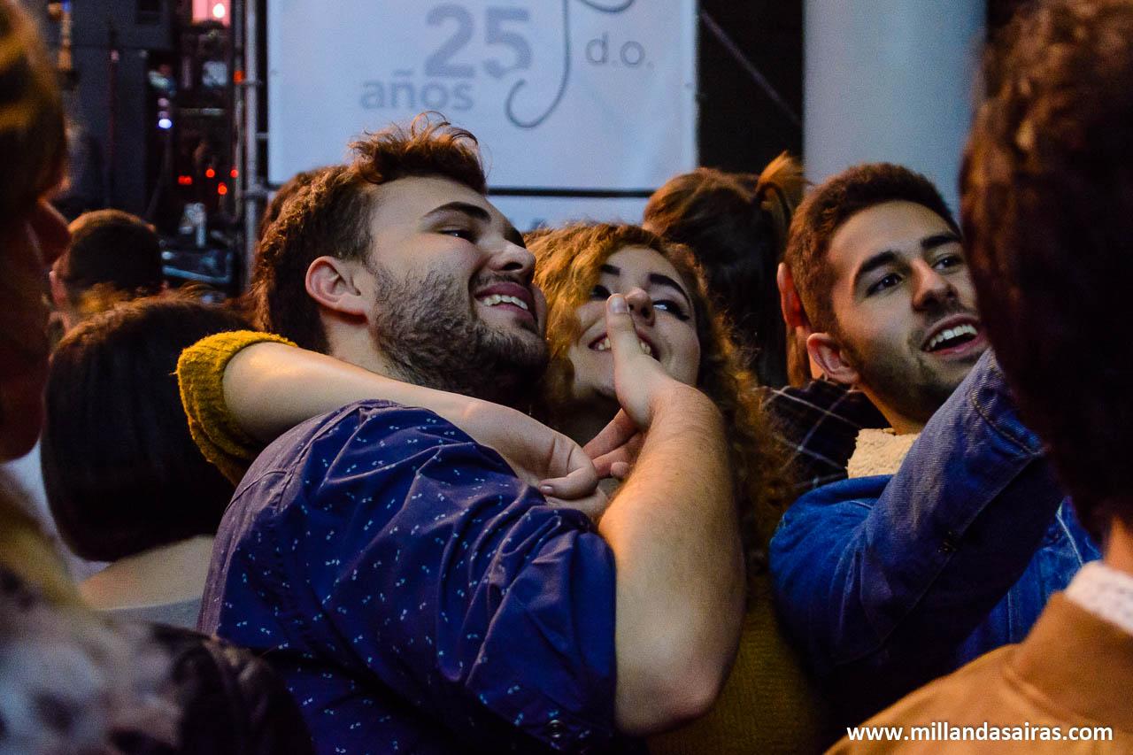Selfies entre grupo y grupo