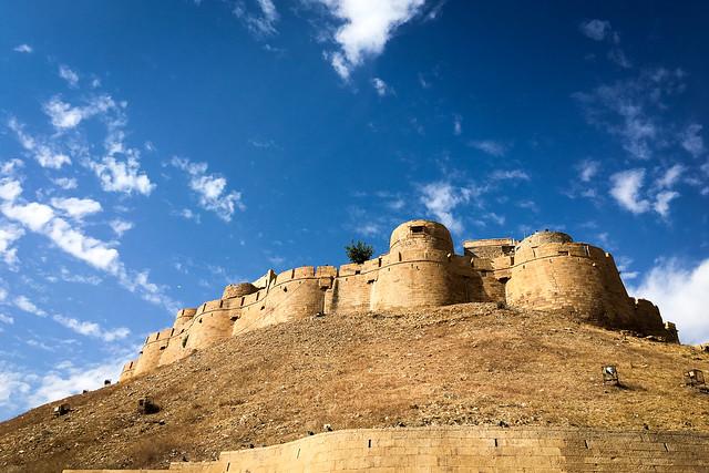 """Jaisalmer """"Golden"""" Fort, India ジャイサルメール、黄金の町の名にふさわしいフォートの外観"""