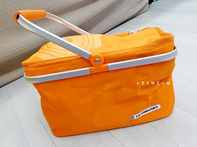 20 7-11 法國 Le Creuset 食尚集點送 食尚餐具組、雙層微波便當盒、食尚兩用餐墊、食尚保冷提籃