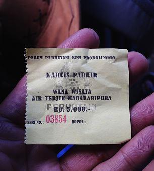 tiket parkir motor