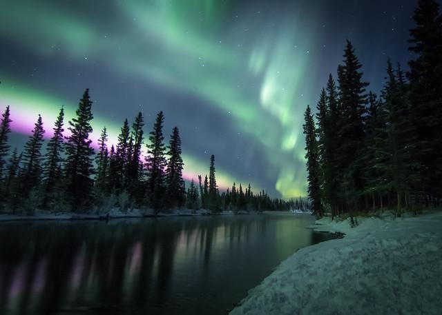 Aurora ribbon reflections