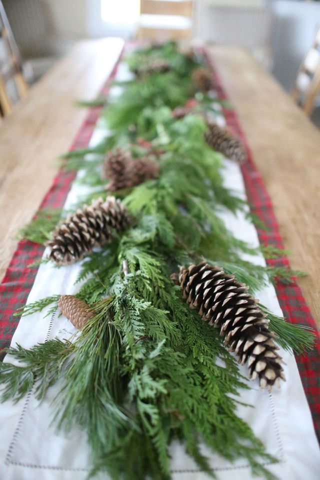 Natural Cedar Garland Holiday Table Centerpiece