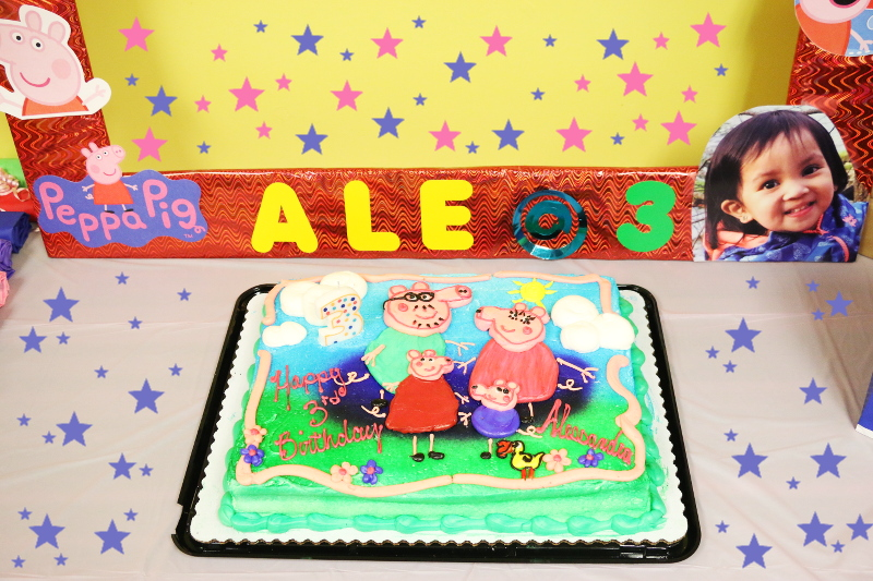 peppa-pig-kiddie-party-birthday-cake-2