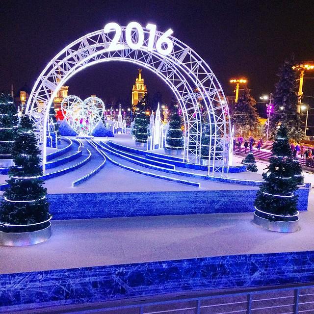 ВДНХа каток развлечения фестиваль отдых курьерская служба экспресс-доставка QDel зима