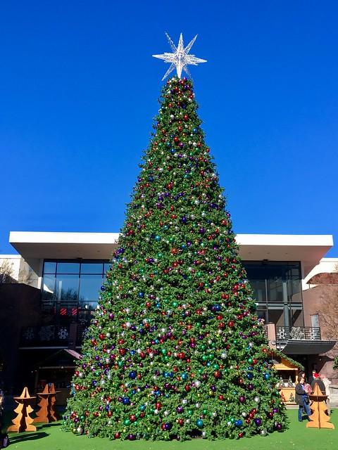 Christkindl Market Tree