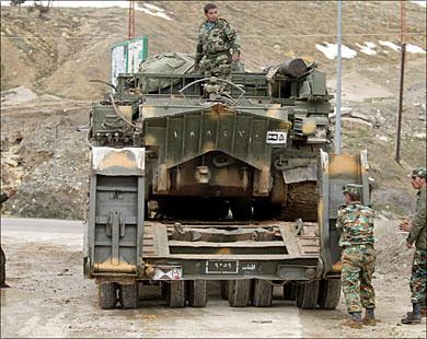 VT-55-syrian-leaves-lebanon-2005-hmo-1