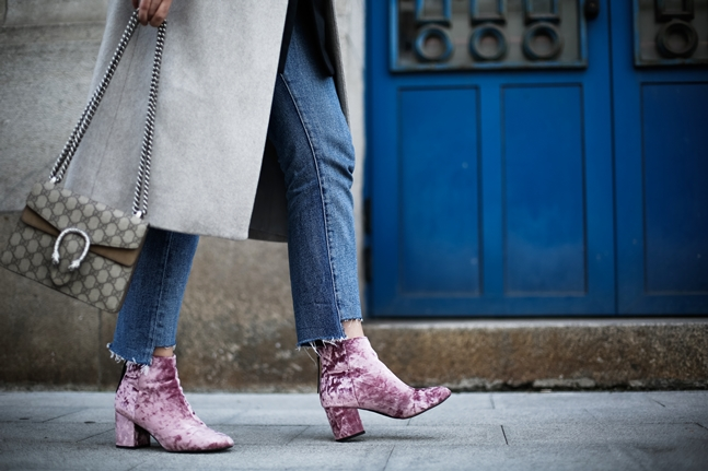 velvet-pink-botties-asos-long-coat-grey-streetstyle-myblueberrynightsblog6