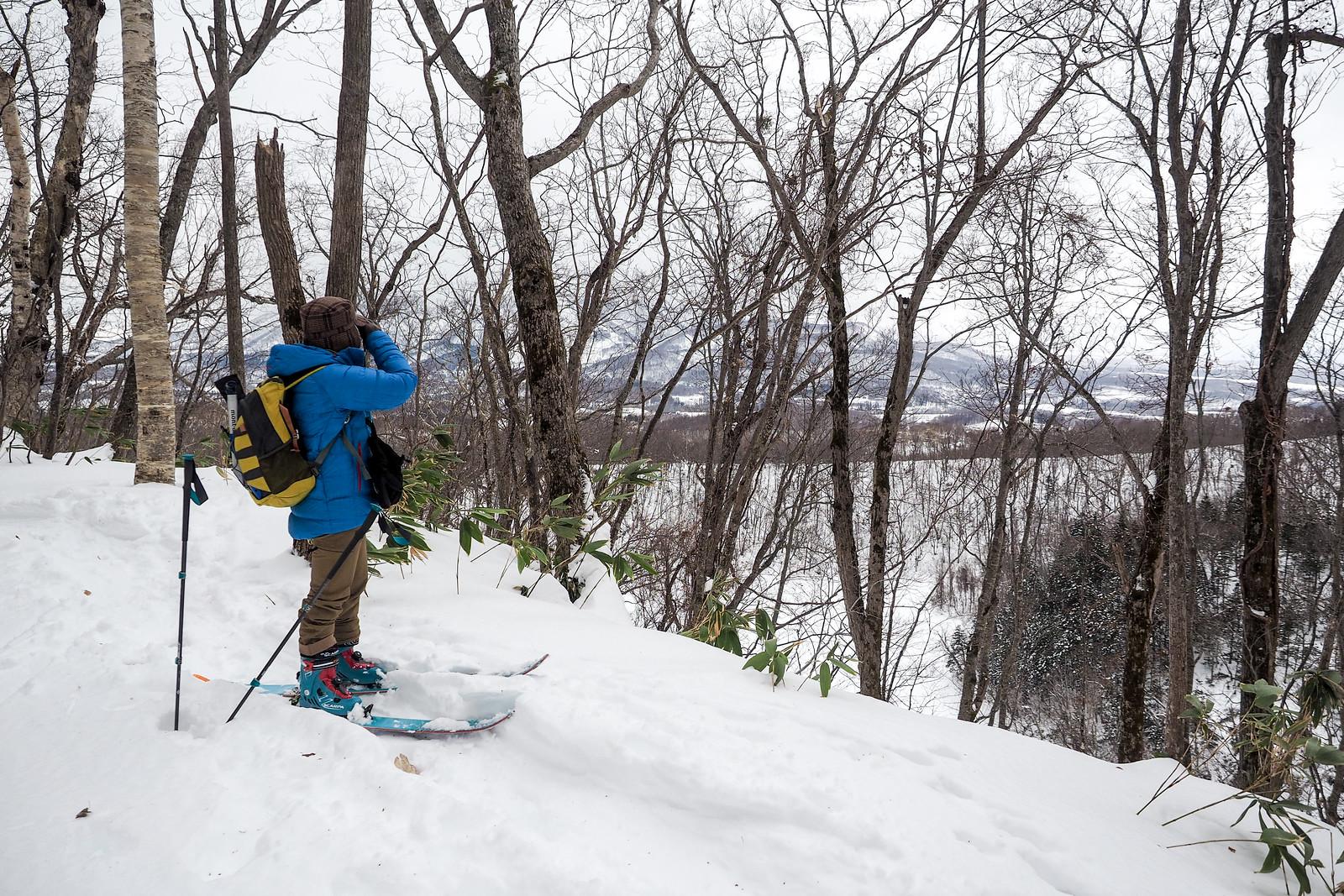 Handetsu Lake ski touring (Hokkaido, Japan)