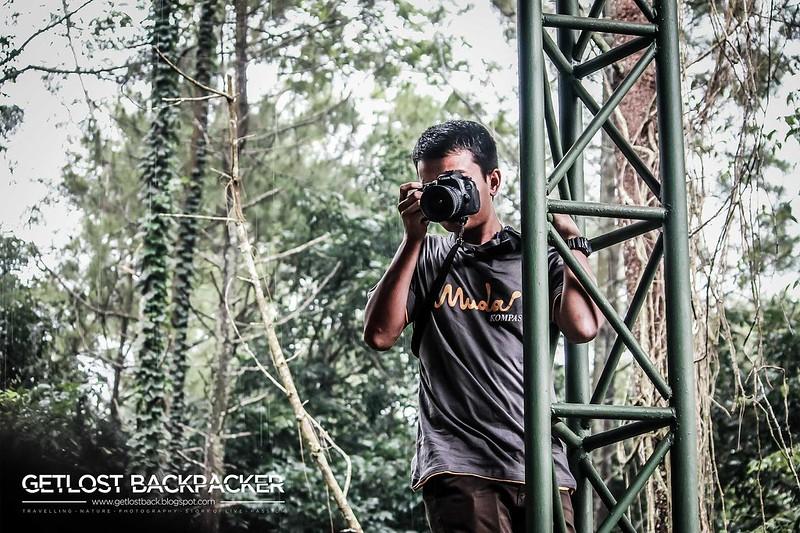 Naik Pilar untuk Dapatkan Bird Eye View (http://getlostback.blogspot.co.id/)