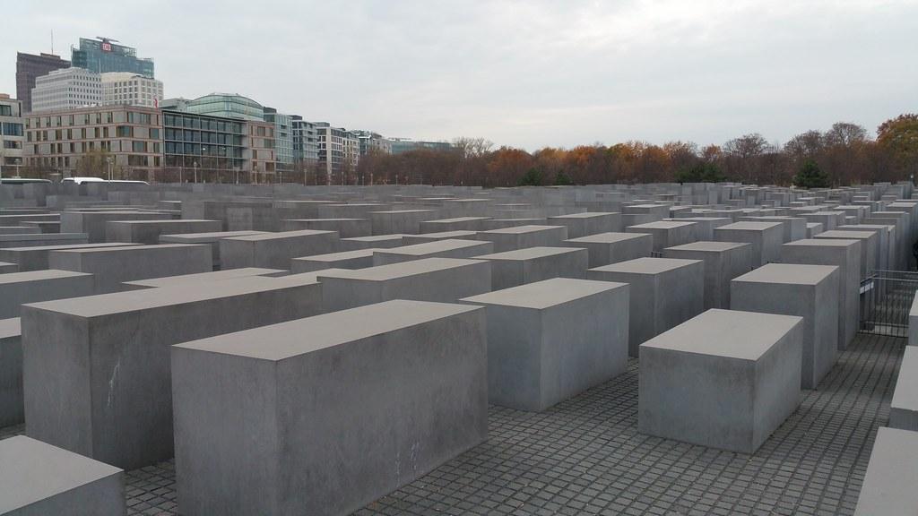 Holocause Mahmal Berlin Monument Sculptures