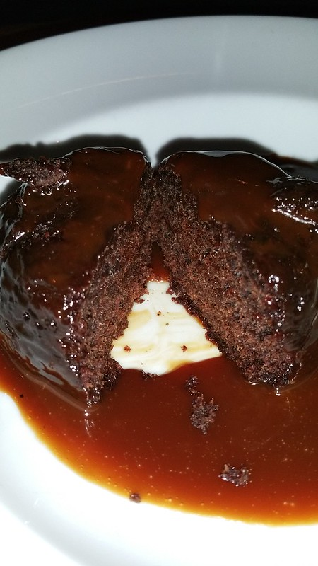 2016-Dec-7 Bogart's Bar and Restaurant - sticky toffee pudding
