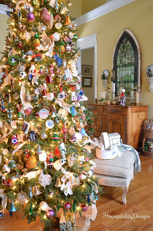 Christmas Tree-French Country-Housepitality Designs
