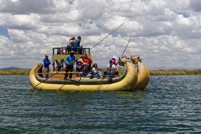Rejs tradycyjną łodzią Uru