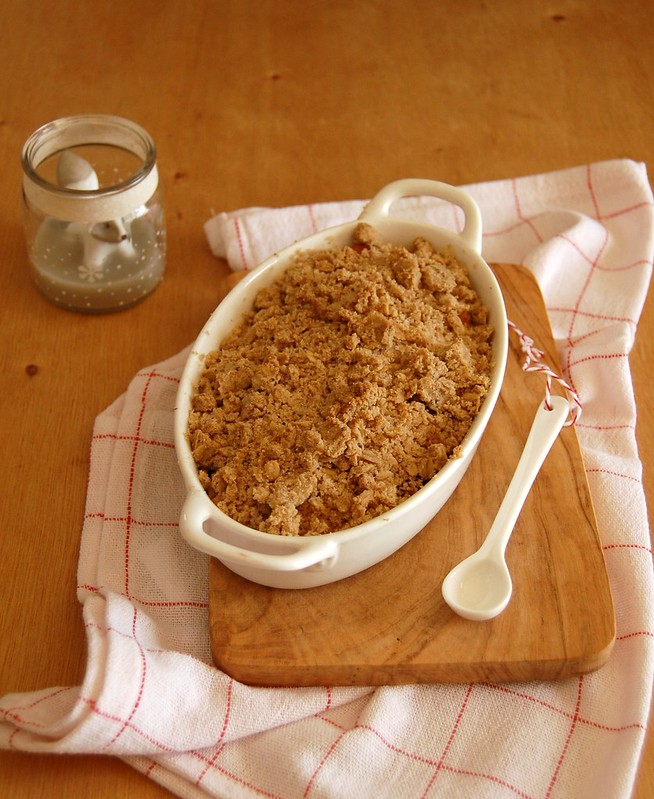 Apple gingerbread crumble / Crumble de maçã e gingerbread