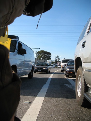 Lane-splitting is legal in California | by Richard Masoner / Cyclelicious