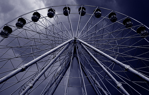 Dark sky ferris wheel | by Jasmic