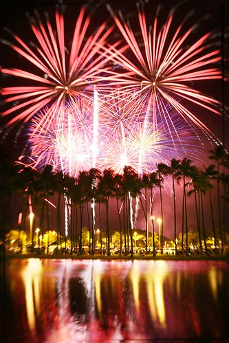 WOW ! Hawaii Fireworks | by Cory.Lum