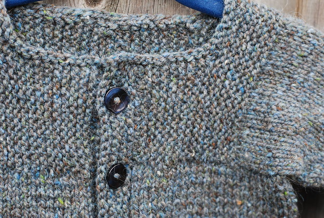 Yoke detail handknit Muddy Duck Pond cardigan by irieknit
