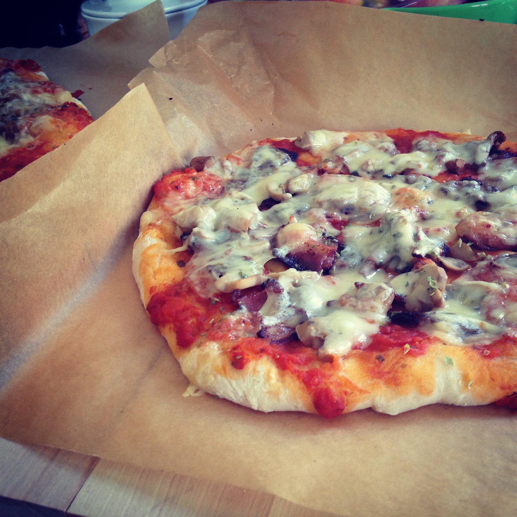 Hemlagad pizza yum yum yum! :: Hej Emmisen
