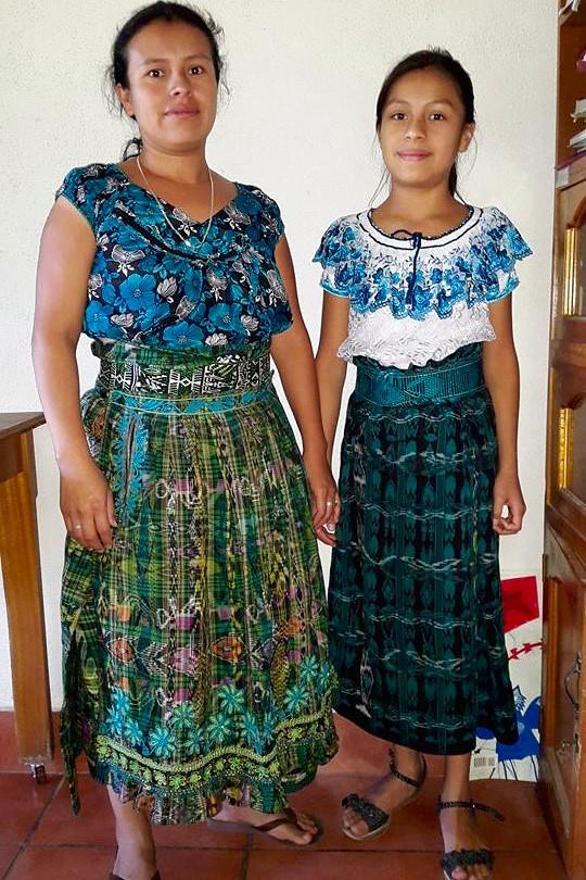 Rosa Fatima Coche Cholotio y madre