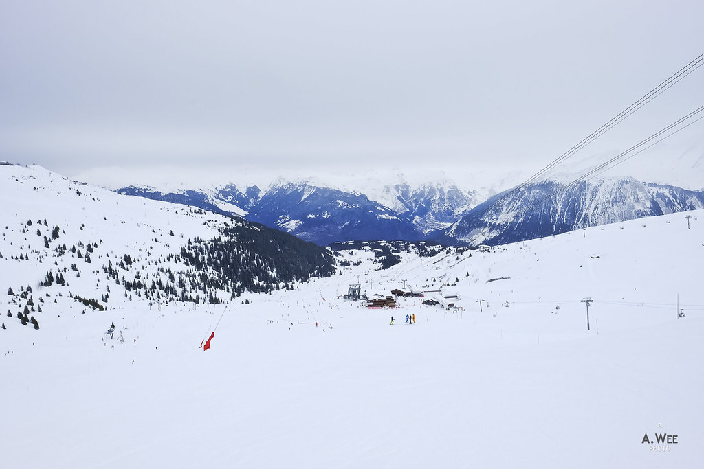 Mid-mountain at Saulire