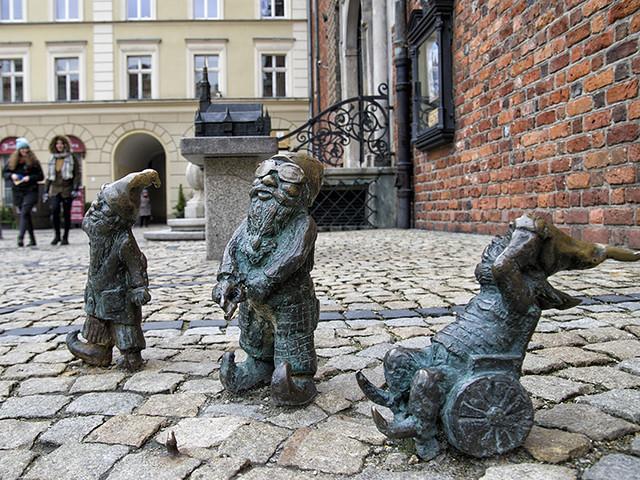 Wroclaw, bronze dwarfs in the city