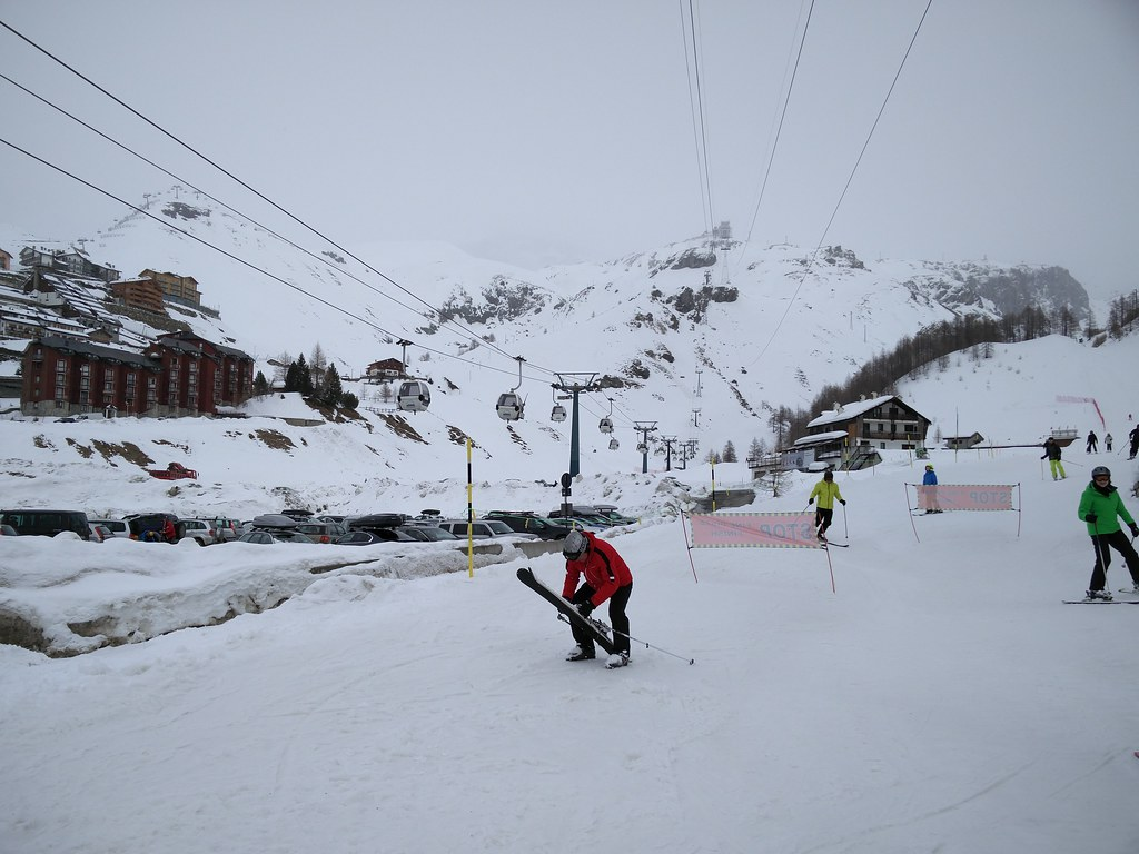 Cable car at Breuil-Cervinia
